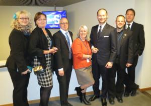 KirPeät MEP Sampo Terhon kanssa Finlandia-talolla 29.3.2014.